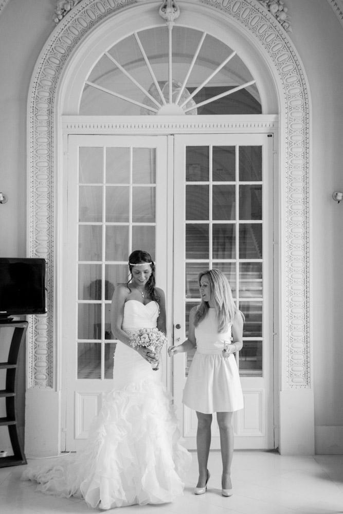 photos shooting inspiration portrait photographe mariage mariés robe cérémonie couple préparatifs abbaye du valasse normandie