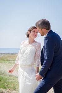 Barbara & Nicolas s'embrassent sur la plage, mai 2017