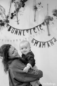 carole et albert pendant le shooting fête des mamans fecamp 2017 photo noir et blanc magasin sibellule