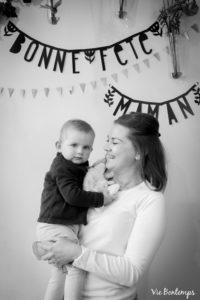 marine et sa fille pendant le shooting fête des mamans fecamp 2017 photo noir et blanc magasin sibellule