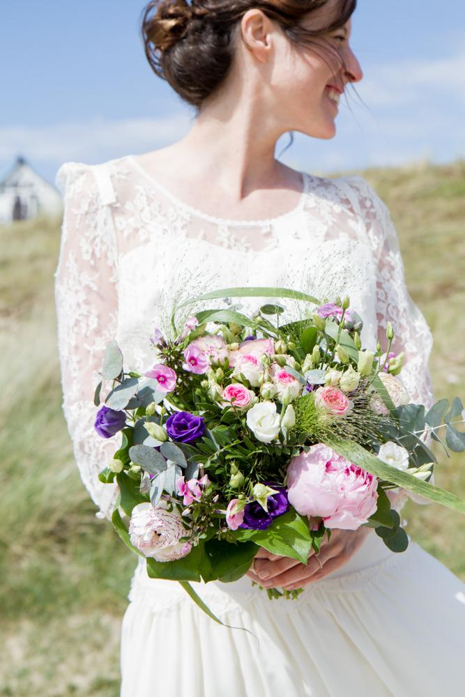 photographe mariage bohème normandie bouquet