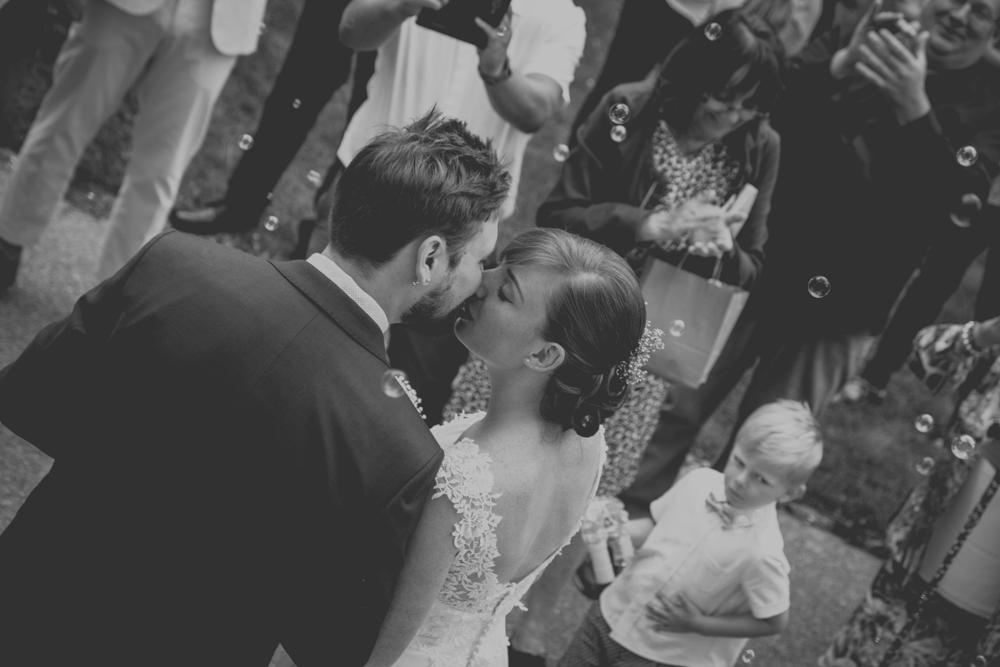 photographe mariage le havre normandie bisou