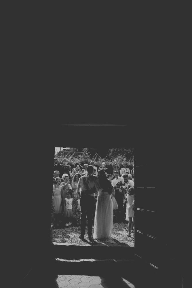 photographe mariage pont audemer sortie cérémonie