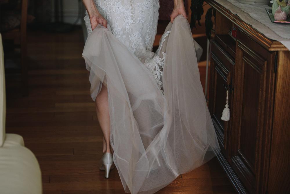 photographe de mariage à Honfleur en Normandie robe de mariée